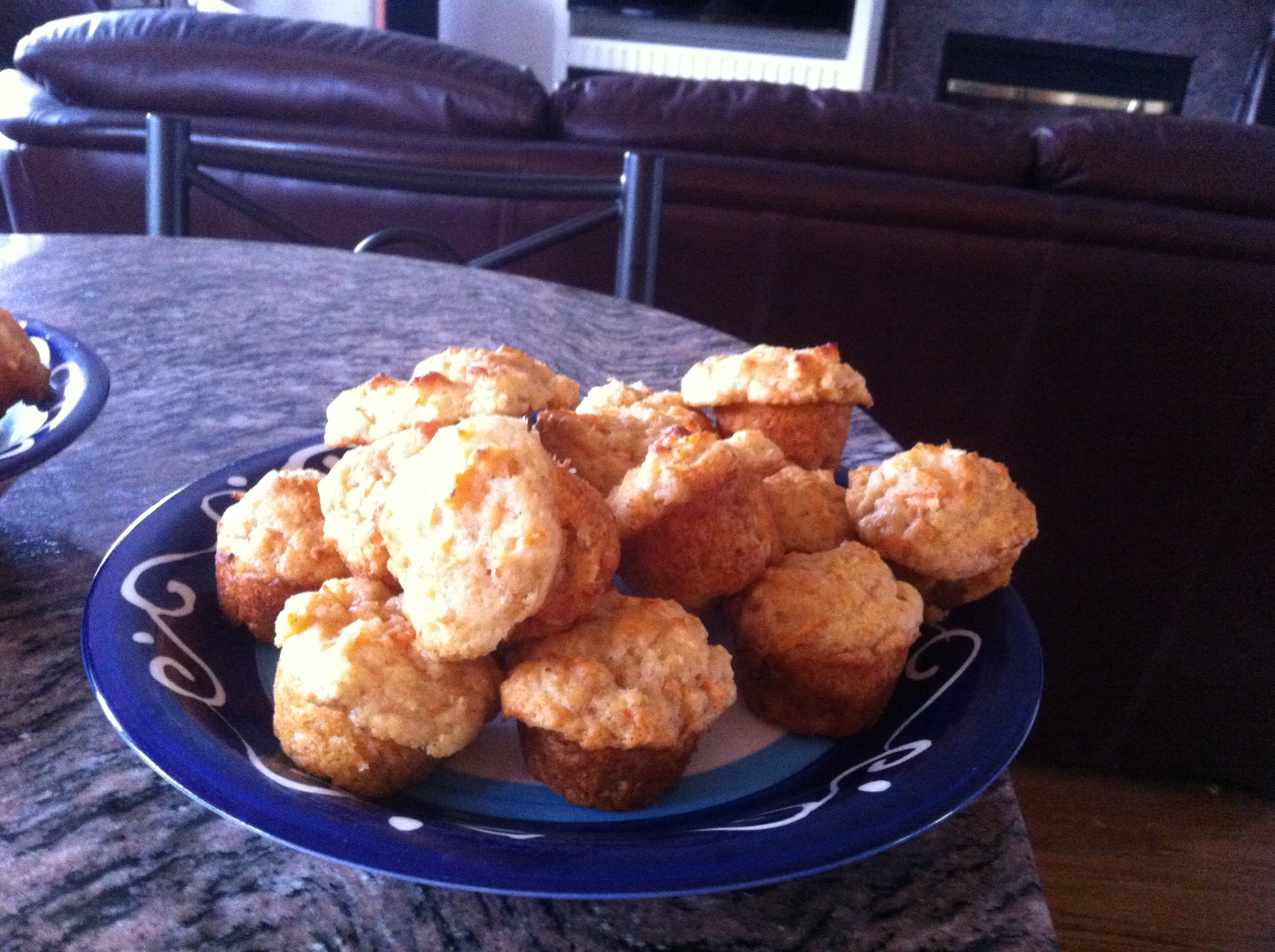 ambrosia apple muffins with streusal topping
